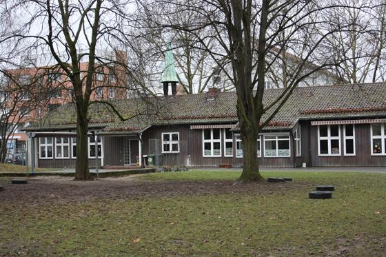 Gemeindehaus_Himmelsleiter_vorAbrissAug15